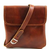 Кожаная мужская сумка наплечного типа с ручкой